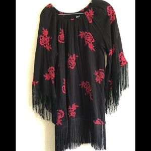 NWOT Rock 47 by Wrangler embroidered fringe blouse